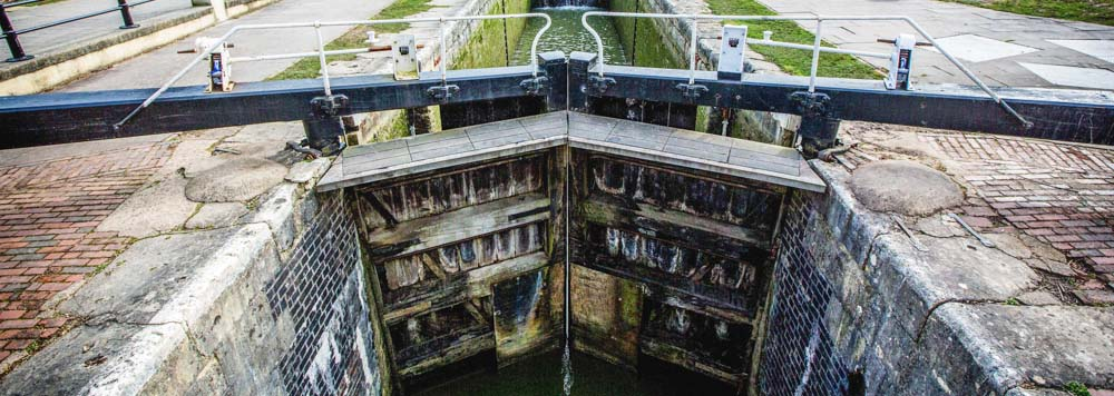 Lock gates on Kennet & Avon Canal